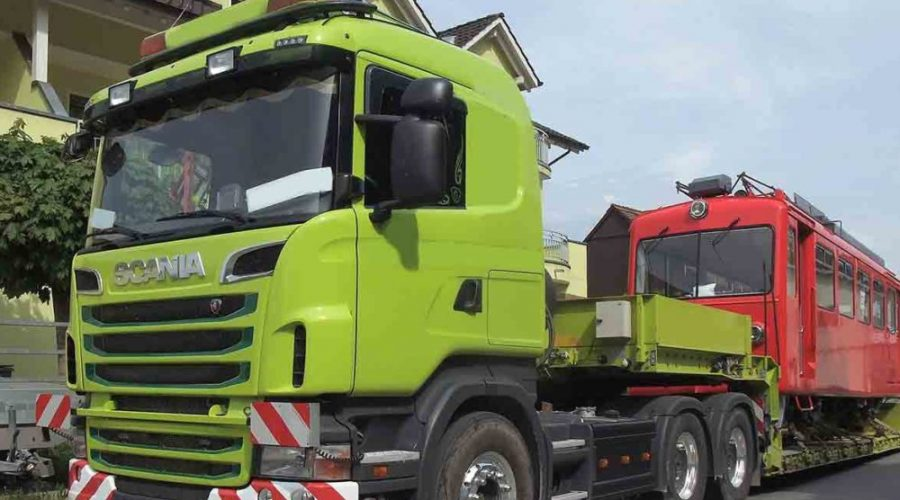 Abnormal Loads – Some of the Most Unusual Goods Ever Transported -HGV vehicle