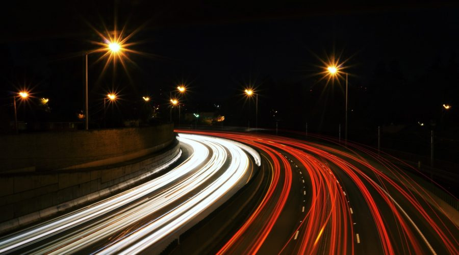 Driverless lorries and haulage vehicles - Light trails